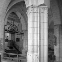 La travée du clocher vue vers le nord-ouest depuis la chapelle sud (1997)