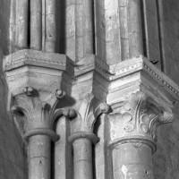 Chapiteaux à la retombée nord de l'arc triomphal (1995)