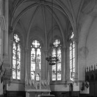 L'intérieur de la chapelle vu vers le sud-est (1996)