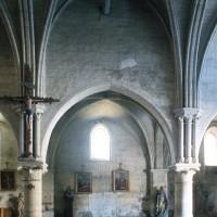 Vue d'une travée du mur gouttereau sud de la nef (1995)