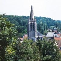 L'église dans son environnement vue de l'ouest (1992)
