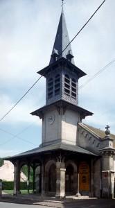 La façade et le clocher vus du sud-ouest (2000)