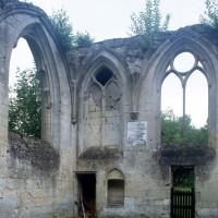 L'angle sud-est de la chapelle de Louis d'Orleans vue  depuis l'intérieur (1997)