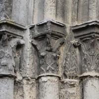 Les chapiteaux des piédroits de gauche du portail ouest (2018)