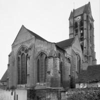L'ensemble choeur/transept et le clocher vus du sud-est