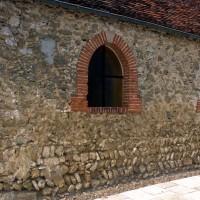 Le mur sud de la nef vu du sud-ouest (1996)