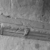 Tailloir à l'arcade entre la chapelle nord et le choeur (1996)