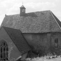 Les vestiges de la chapelle vues du sud-est (1996)