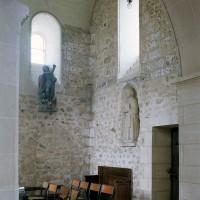 Le croisillon nord vu vers le nord-ouest depuis la chapelle nord (2002)