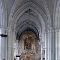 La travée du clocher et le choeur vus vers l'est (2002)