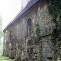 Le mur sud de la nef vu du sud-est (2001)