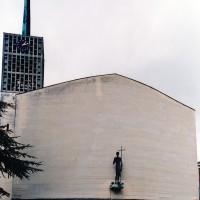La façade de l'église (2004)