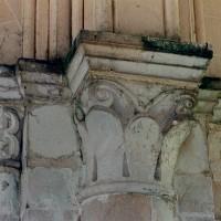Chapiteaux du mur latéral nord (2004)