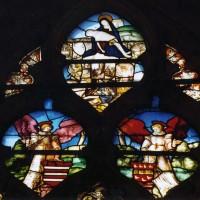 Restes d'un vitrail du 16ème siècle dans le choeur (2003)