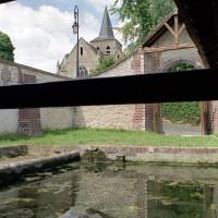 L'église dans son environnement vue du sud-ouest (2001)