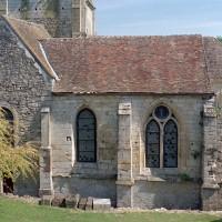 Vue des parties est de l'église depuis le sud (2002)