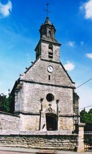 La façade de l'église vue du nord-ouest (2001)