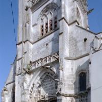 Le clocher-porche vu du sud-ouest (2008)