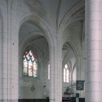 Vue partielle de la nef vers le nord-est (2008)