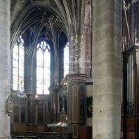Le déambulatoire et la chapelle axiale vus vers l'est (2016)