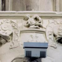 Cul-de-lampe à la retombée des voûtes de la nef (2002)