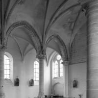 Vue partielle de la nef vers le sud-ouest (1980)