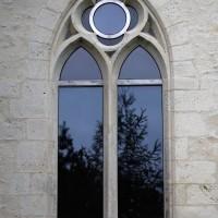 Fenêtre du mur est de la chapelle nord (2016)