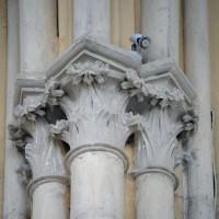 Chapiteaux associés à la retombée des voûtes dans la nef (2016)