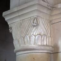 Chapiteau de la première arcade du mur nord de la nef (copie du 19ème siècle d'un chapiteau de la troisième arcade) (2017)