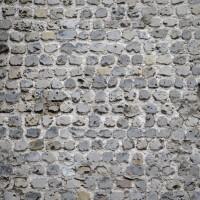 Appareil cubique au mur gouttereau sud de la nef (2015)