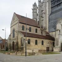 La Basse-Oeuvre et la cathédrale vues du sud-ouest (2015)