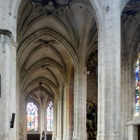 Le bas-côté et les chapelles sud vus vers l'est (2015)