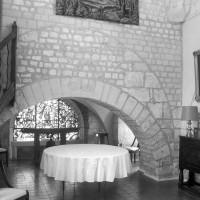 L'arcade d'accès au choeur roman de la chapelle de l'Abbé (1997)