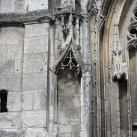 Détails des piédroits de gauche du portail (2016)