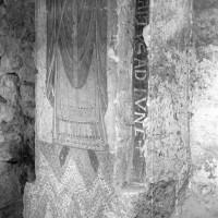 Décor peint à l'angle sud-est de la chapelle préromane (1974)