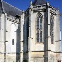 Le transept et l'abside vus du sud-est (2015)