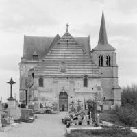 L'église vue de l'ouest (1975)