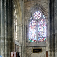 Vue partielle du bas-côté est du bras sud du transept vers le sud (2015)