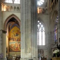 Le bas-côté est du bras sud du transept vu vers l'est (2015)