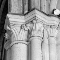 Chapiteaux des chapelles du sud du choeur (1980)