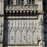 Le premier étage du clocher vu de l'est (2016)