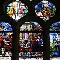 Fenêtre est du bras sud du transept : scènes de la Vie de saint Nicolas; exécution de sainte Barbe (2016)