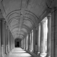 Une galerie du cloître (2001)