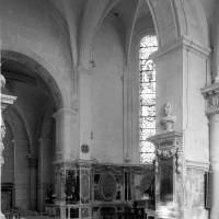 Vue partielle du choeur et de la chapelle nord-est (1979)
